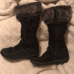 Shoes - Fuzzy Boots